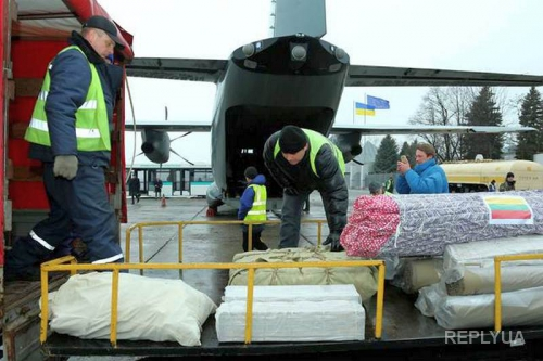 Литва прислала медицинское оборудование и препараты для лечения