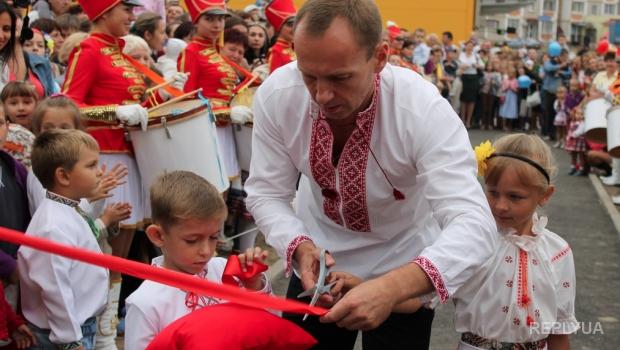 Владислав Атрошенко: один из самых богатых депутатов Блока Порошенко
