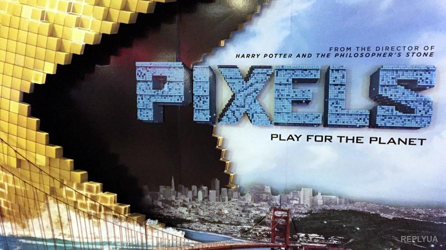 Пиксельные инопланетяне вторглись вкинотеатры, чтобы сожрать население Земли