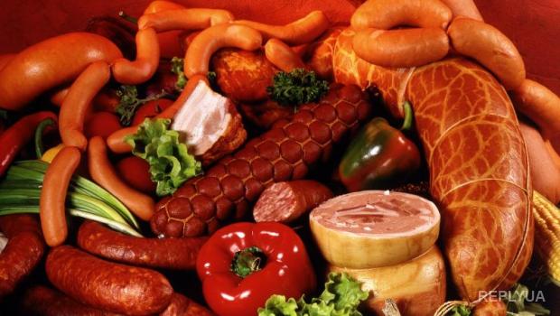 Украинцы отказываются от колбасы все чаще