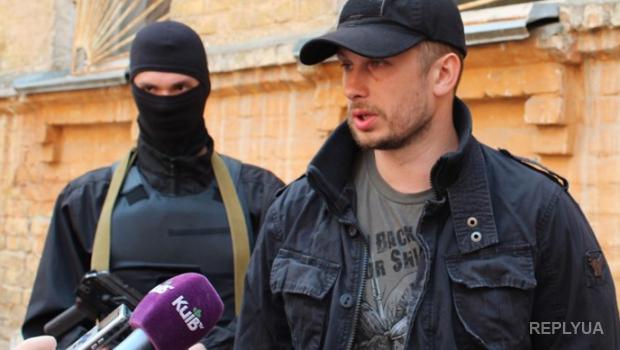Командира полка «Азов» пригласили выступить в Европарламенте