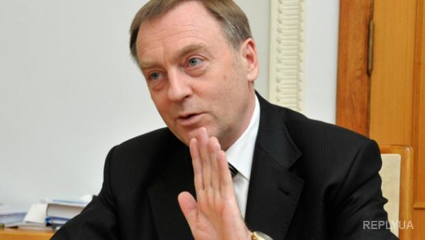 Бывшего министра юстиции Лавриновича готов выкупить сын-миллионер