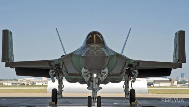 США заявили о готовности разместить в мире эскадрилью новейших истребителей