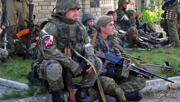 Зона АТО: обстреляны населенные пункты вблизи Донецка