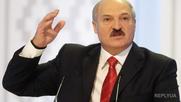 Сбор подписей за Лукашенко проводят в футболках с Путиным