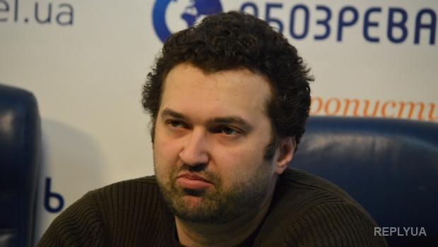 Голобуцкий: Украине нужно имитировать мирный процесс