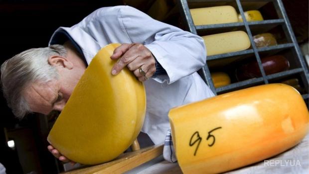 Россельхознадзор избавляется от украинского сыра и европейских продуктов с помощью огня