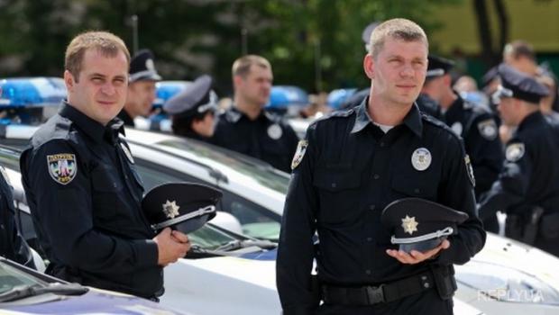 На западе Украины патрульная полиция начнет работать в нескольких городах