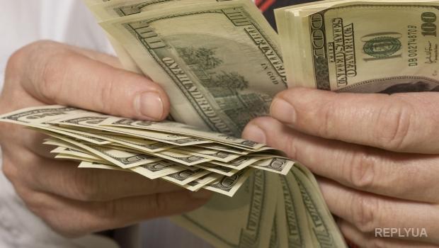 В Казахстане приостановили продажи доллара