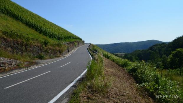 На восстановление дорог в Украине каждый год нужно выделять не меньше ста миллиардов