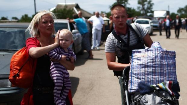 За месяц 400 тыс. украинских беженцев передумали принимать российское гражданство