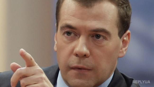 Медведев: санкции против Турции коснутся всех отраслей