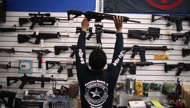 В «черную пятницу» американцы сгребали оружие