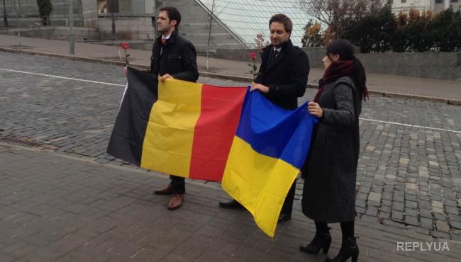 Европейские активисты провели в Киеве флешмоб в память о Небесной Сотне