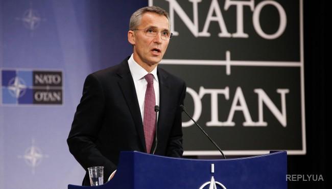 Яценюк: Подписана программа сотрудничества с НАТО