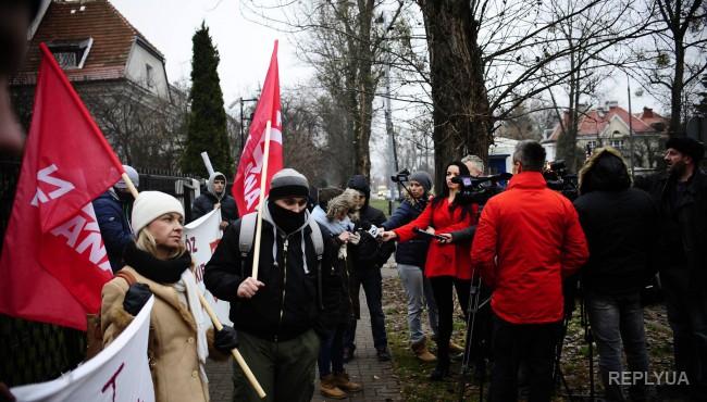 В Варшаве проходит самая масштабная акция протеста