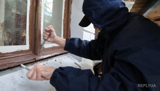 Под Киевом член местной самообороны подстрелил грабителя