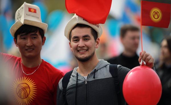 Россия предлагает улучшенные условия трудовым мигрантам