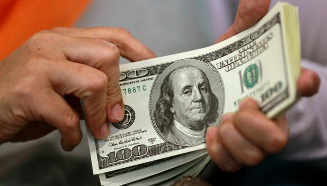 Доллару предсказали подорожание в 2016 году
