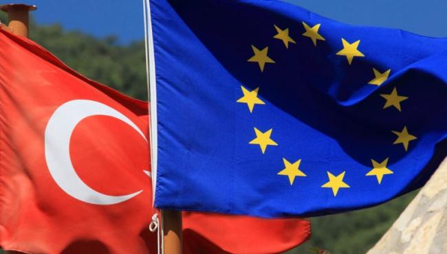 Евросоюз раскритиковал Турцию за мигрантов
