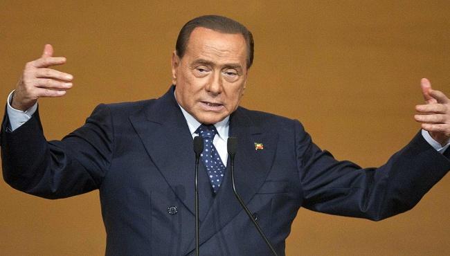 Берлускони возвращается в политику