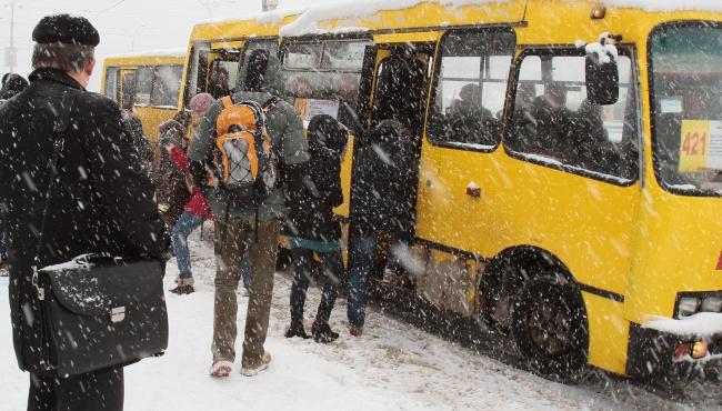 Киев завалило снегом, а Кличко на горнолыжном курорте