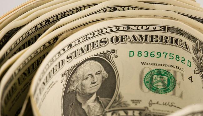 Украинцы начнут скупать доллары