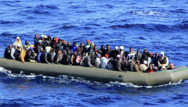 В Европоле рассказали, сколько денег контрабандисты заработали на мигрантах