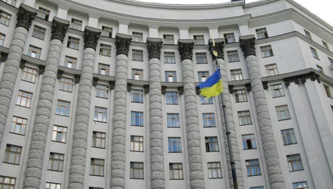 Яценюк: Список запрещенных товаров расширен на 70 пунктов