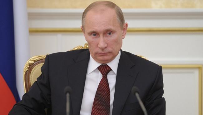 Журналист: цены на нефть заставят Путина уйти из Донбасса