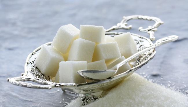 Кабмин распорядился о повышении цен на сахар