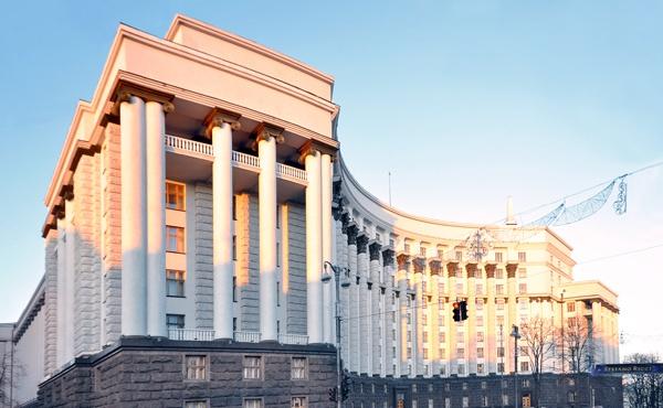 Яценюк поделился планами Кабмина на 2016 год