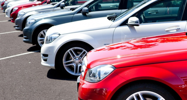 Названы самые дешевые авто в Украине