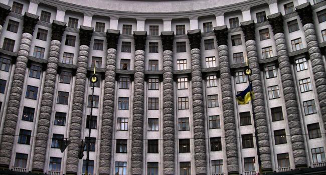 Спиваковский: Украине нужно менять не Правительство, а…