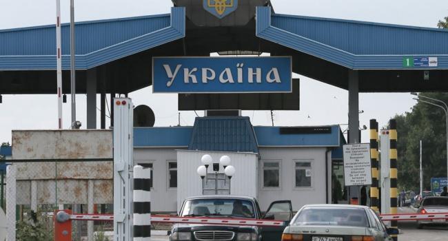На всех пропускных пунктах западной Украины заблокировано движение российских фур
