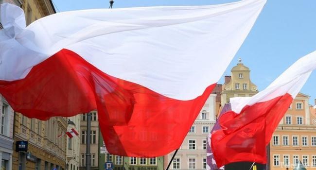 Половина поляков больше не доверяют правительству