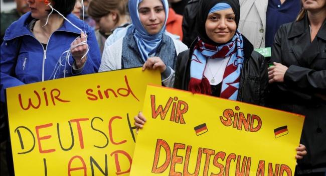 До 2020 года статус беженца в Германии получат 3,5 миллиона человек