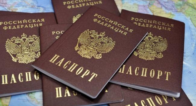 Паспорта жителей Крыма не принимают во многих странах