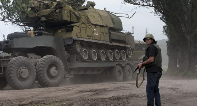 Пятигорец: У ВСУ потери 4 человека, у террористов не менее 40