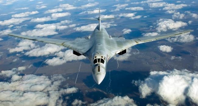 В небе над Францией перехвачены российские Ту-160