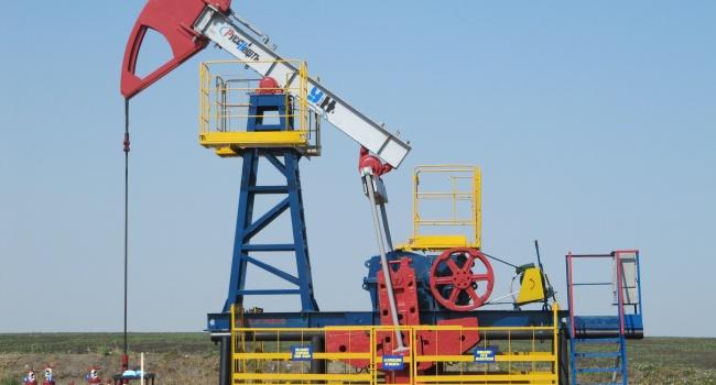 Падение цен на нефть спровоцировало стремительный обвал рубля