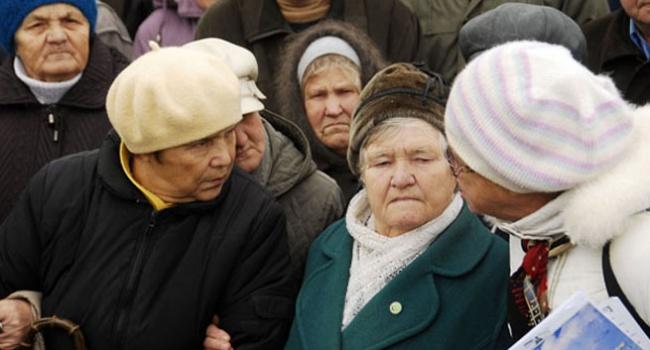 Ахеджаков: Пенсионеры, голосующие за гречку и колбасу, и такой пенсии не заслужили