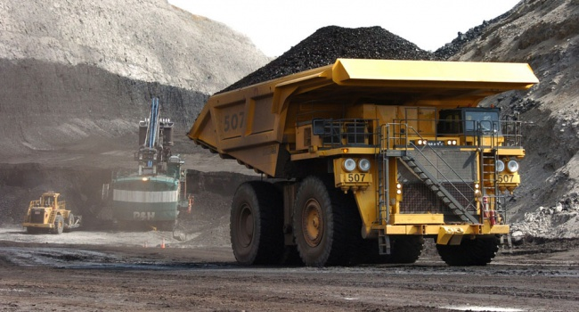В Украине продолжают увеличивать добычу угля