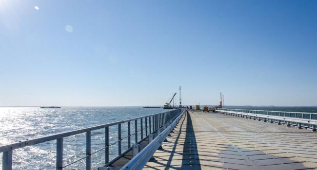 Казарин: строительство Керченского моста напоминает Олимпиаду в Сочи