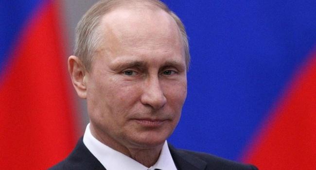 В России нашли точную копию молодого Путина – фото