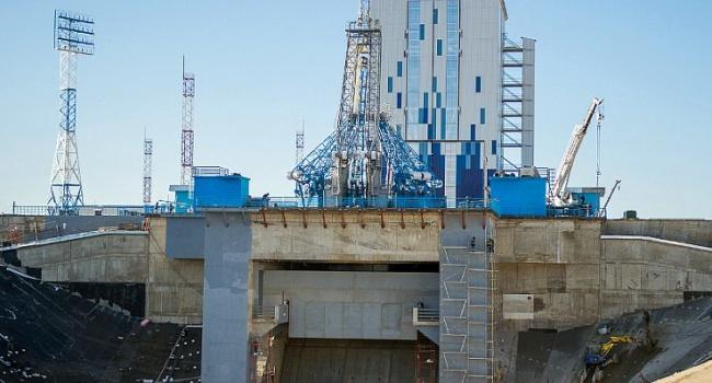 Очередная проблема: запуск ракеты с нового космодрома РФ не состоялся