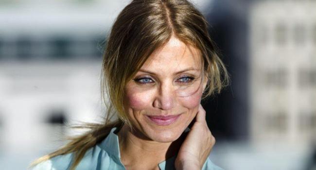 Камерон Диас расслабилась: после свадьбы актриса себя запустила – фото