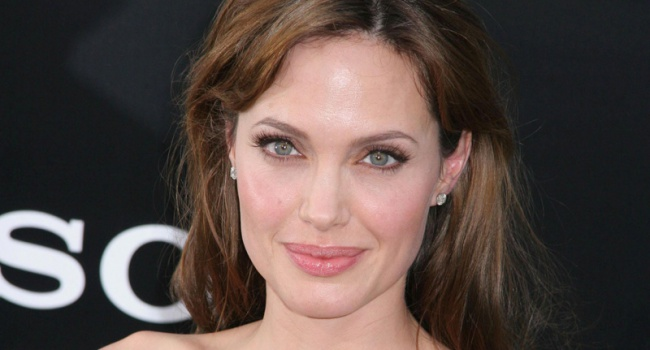 Анджелина Джоли согласилась сыграть в экранизации самого известного детектива