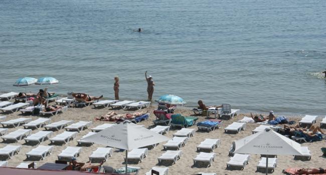 Медработники «несоветуют» купаться напляжах Одессы