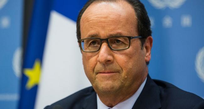 Бонус для проигравших французов: Олланд пригласил их на обед